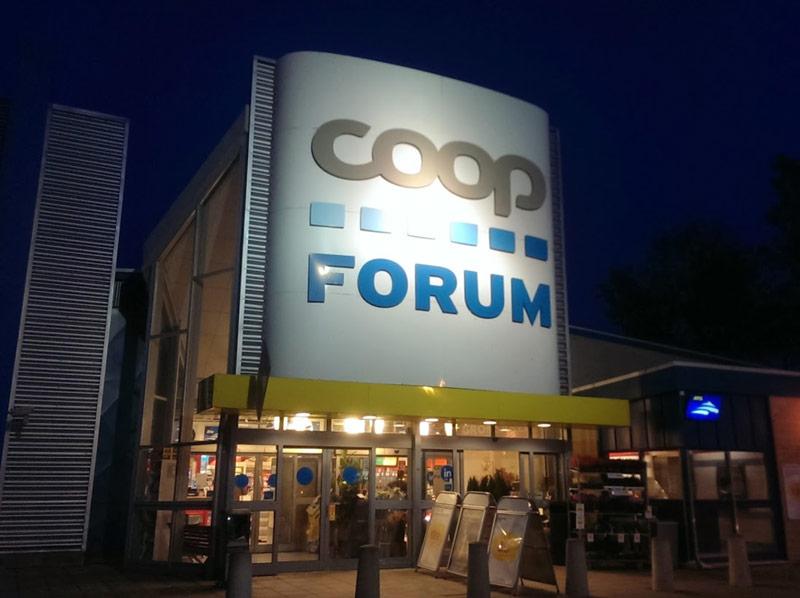 coop forum öppettider